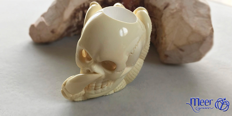 Skull with Claw Block Meerschaum Pipe by Salim |Golden Series