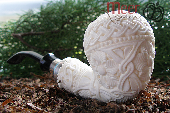 Floral Meerschaum Pipe by Tekin |DIAMOND SERIES