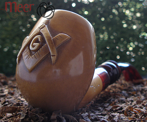 Mason Emblem Block Meerschaum Pipe |DIAMOND SERIES